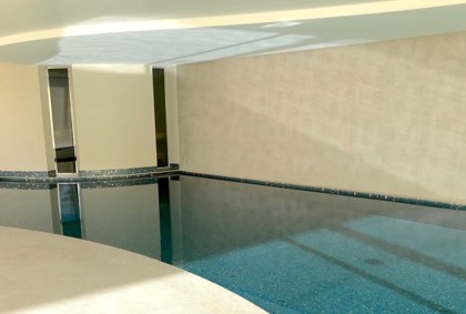 Fond mobile piscine forme libre