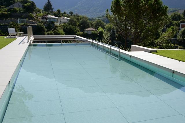 Fond mobile piscine Crescend'eau position pataugeoire